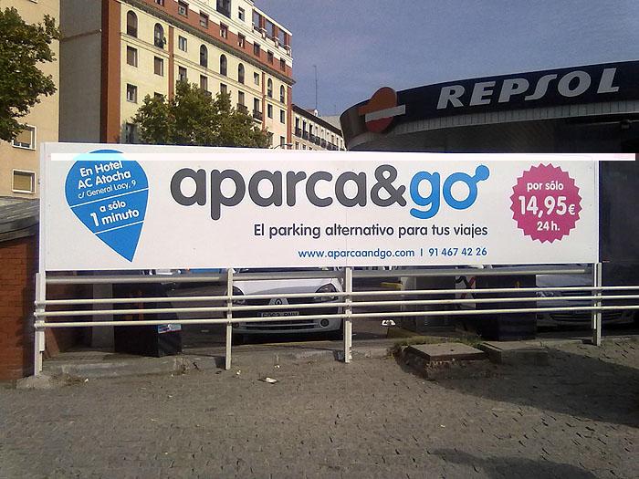 Vallas publicitarias aparca & go